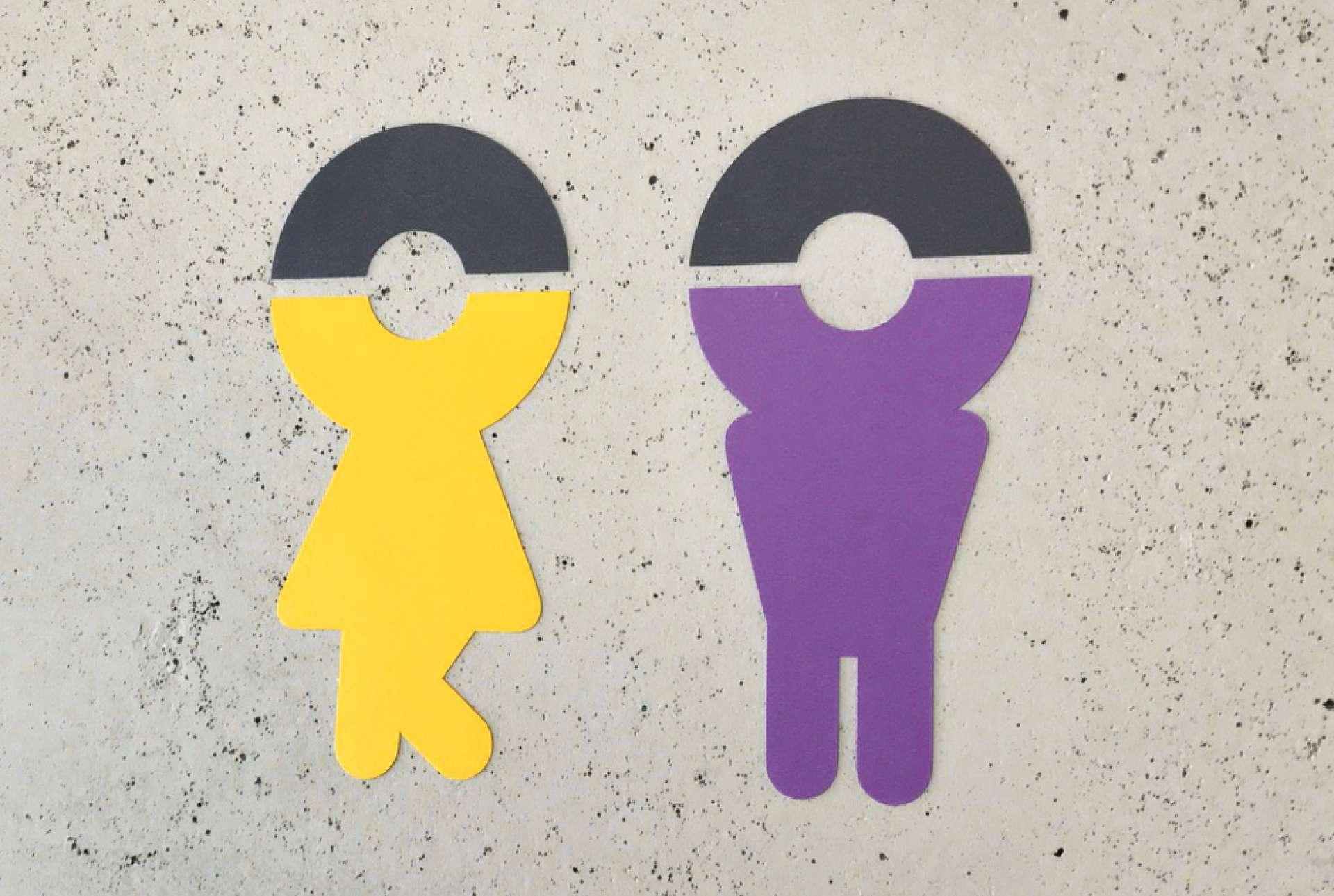 Pictogrammes signifiant les toilettes garçon et fille chez Vauban Luxembourg